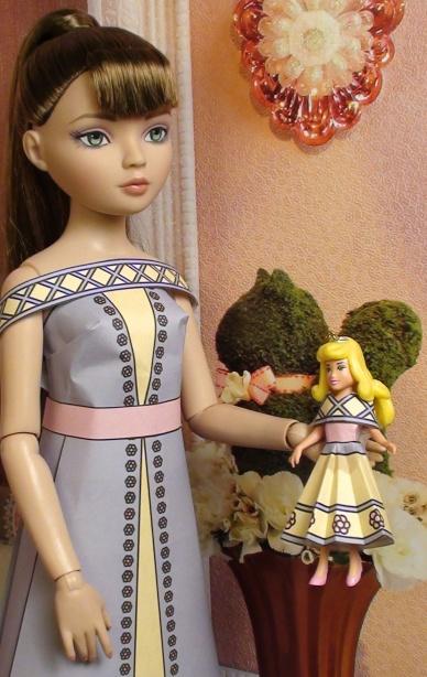Heidi Ellowyne With Doll 2