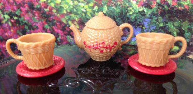 Cerise Hood Tea Set